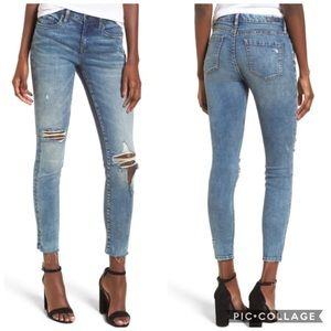 BlankNYC The Mini Reade Distressed Skinny Jean NWT